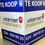 Promotie woning, te koop bord van Internetmakelaars Nijmegen